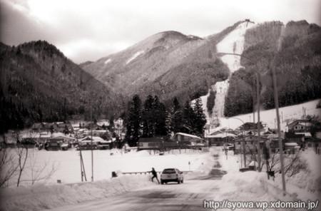 2005年1月に訪れた時の鹿島槍スキー場付近の風景。