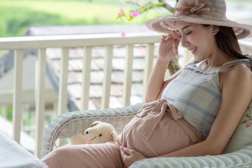 妊娠中を快適に過ごそう!おすすめマタニティウェアを詳しく解説