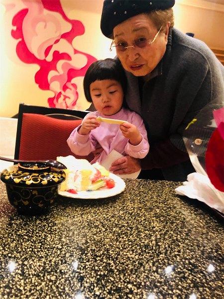 おばあちゃんとひ孫♡最高の組み合わせ🥰