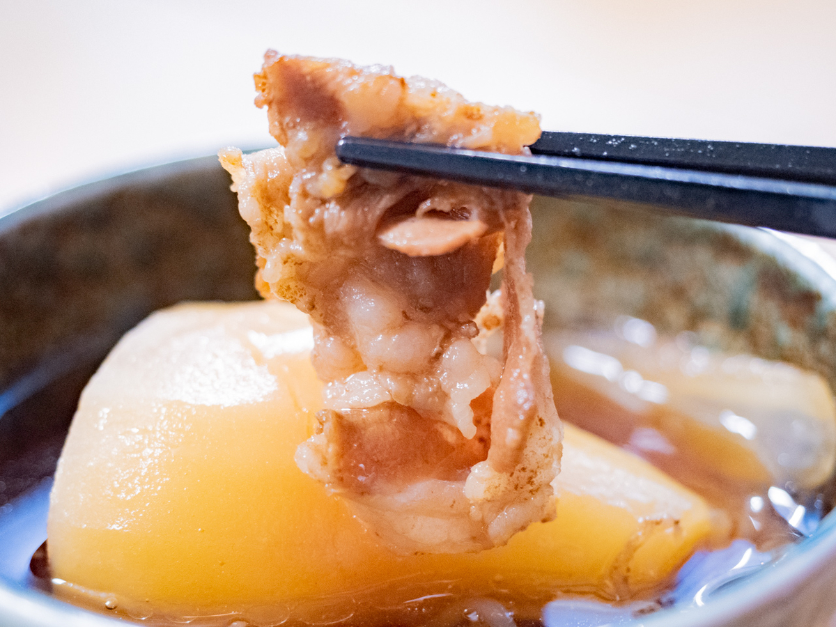 呉ハイカラ食堂の「海自テッパンカレー」の肉じゃが