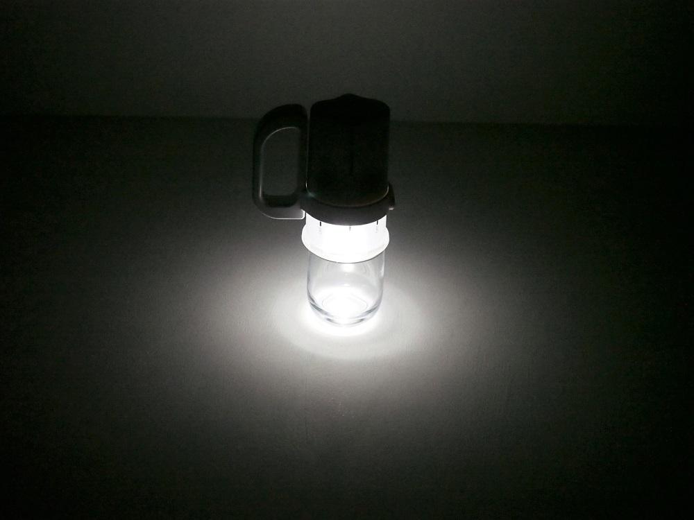 電池がどれでもライト