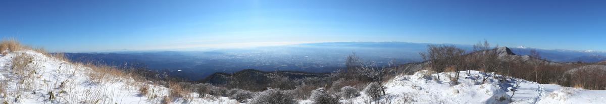 長七郎山の頂上からのパノラマショット