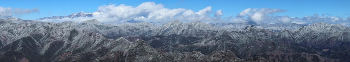 西峰山頂からのパノラマショット
