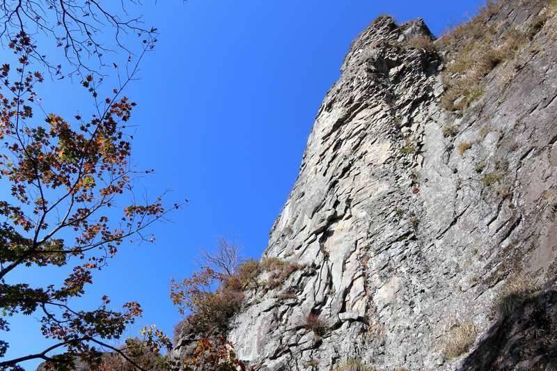 テンションが上がる瞬間。やっぱり巨岩は良いね~。