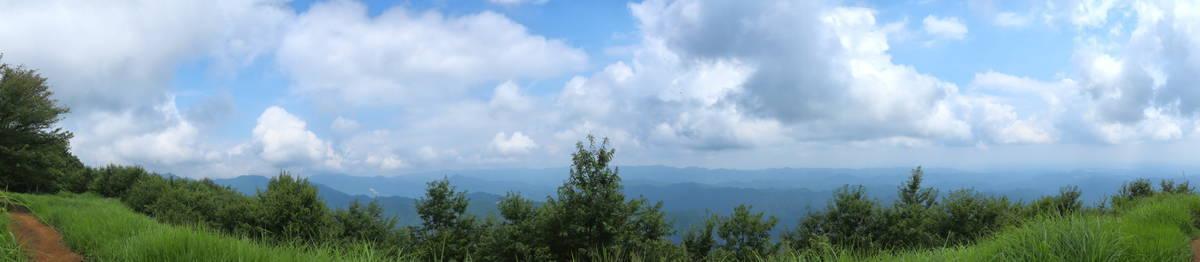 山頂からのパノラマ・ショット!
