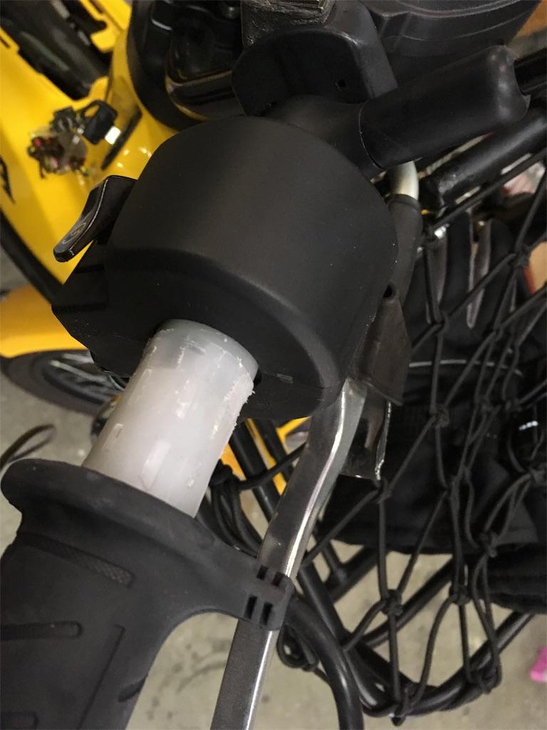 クロスカブにグリップヒーター取り付け - カブとバイク