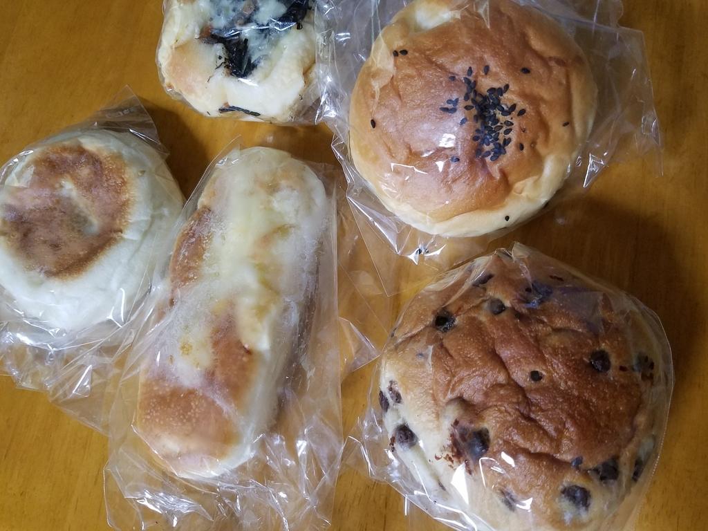 ベーカリーのパン バラエティーパック 5個で300円