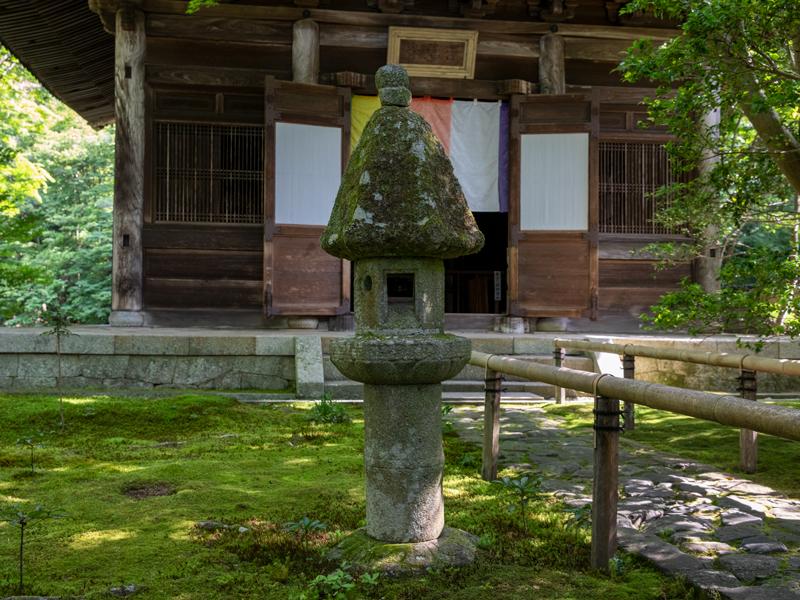 蓮華寺型灯籠