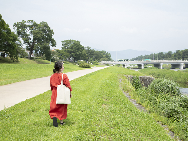 鴨川の遊歩道