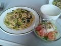 [朝ごはん]魚介と小松菜のパスタ蕗の薹ソース・トマトサラダ木の子マヨソース