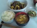 [朝ごはん]青椒肉絲・納豆と胡瓜の塩胡麻油和え・卵スープ山椒風味