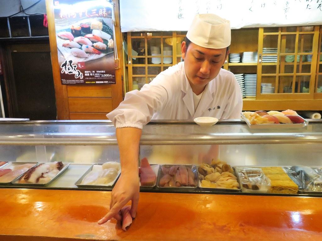 リーズナブルな価格でうまいお寿司と地酒が楽しめる「千代鮨」【新潟】