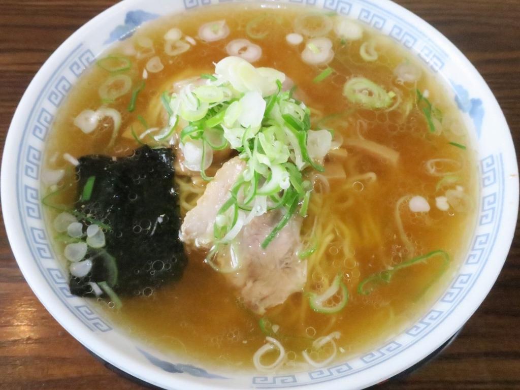 寿司店のような店名なのにラーメン屋さん!?新潟県村上市の「玉寿し食堂」