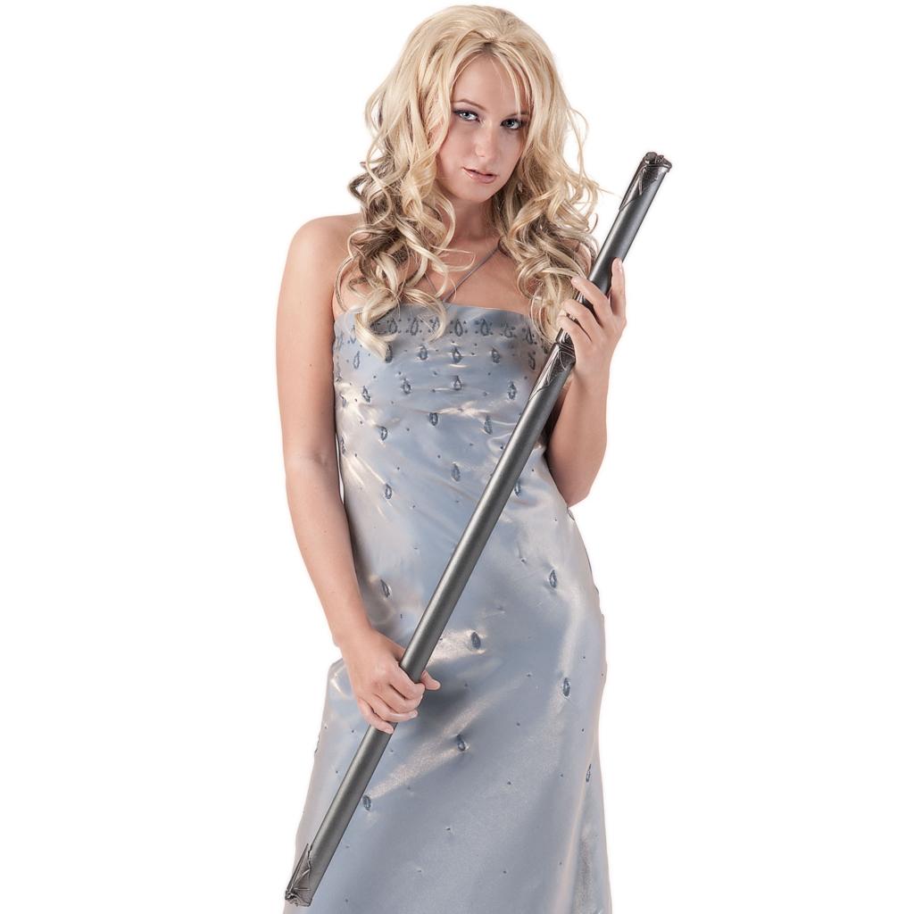 Beautiful white woman has swordstick in long dress.(仕込み刀を抱えるロングドレスの美しい白人女性)