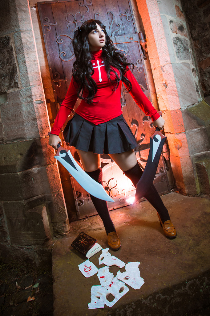 Beautiful white woman with two swords,Rin Tosaka's cosplay.(Fate/stay nightの遠坂 凛のコスプレをした美しい白人女性)