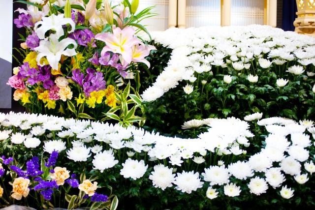 葬儀の花祭壇