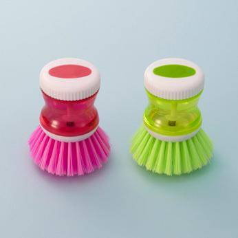 襟袖などの洗濯用コンパクトブラシをお風呂の掃除に活用!