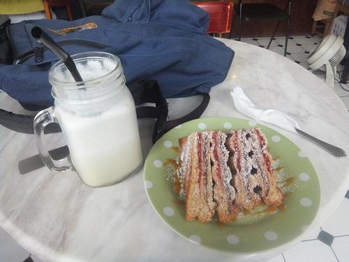 カフェの食べ物