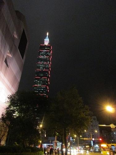 台北のファッションビル