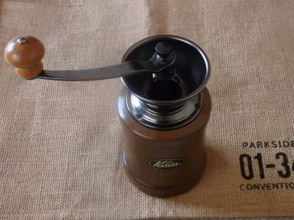カリタ 手挽きコーヒーミル