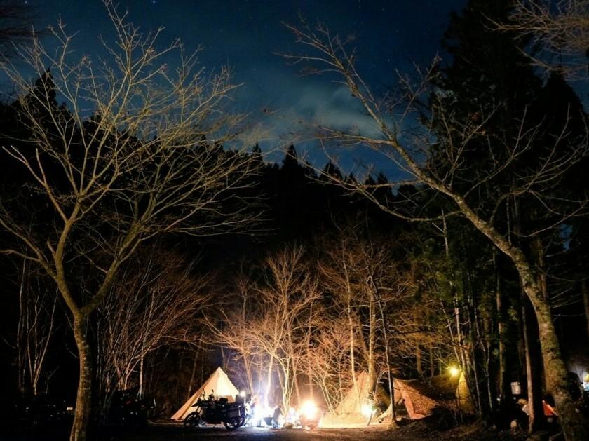 道志の森キャンプ場の夜景