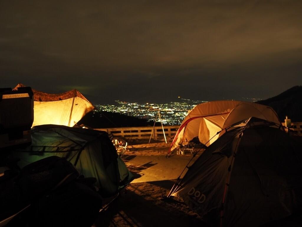 冬キャンプ 山梨県 ほったらかし温泉キャンプ場