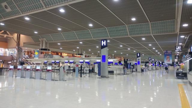 成田空港チェックインカウンターイメージ