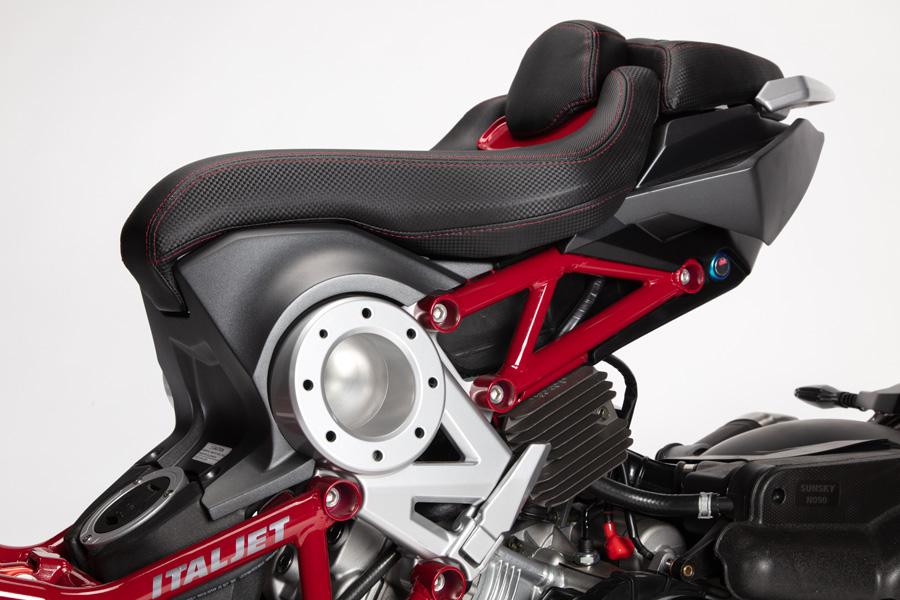 f:id:bikeinfobu:20210907051612j:plain