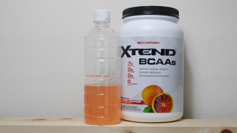 水に溶かしたエクステンドBCAAブラッドオレンジ