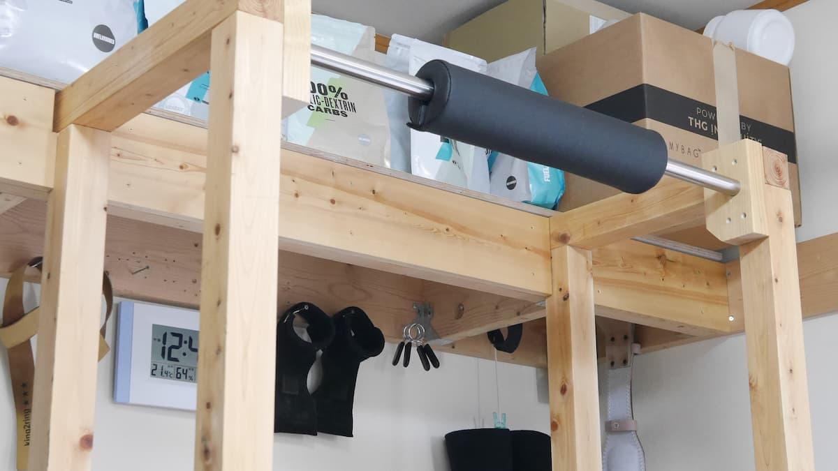 パワーラックを既存の棚に連結してあるためグラつかない