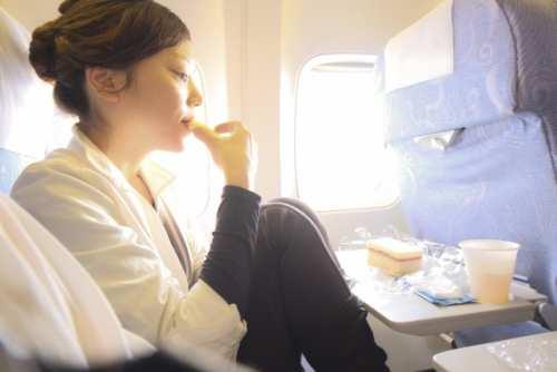 贅沢!ファーストクラス/ビジネスクラスの機内食画像!エコノミー比較