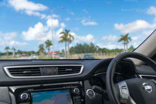 車で聴くことはできる?車のカーナビでも再生できる?