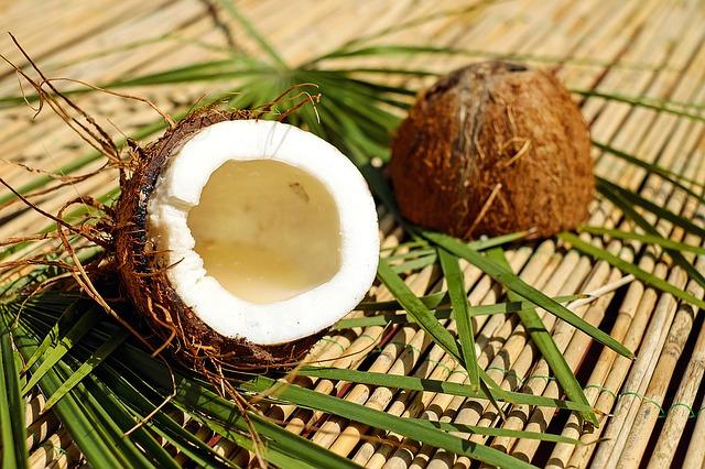 ココナッツオイル配合