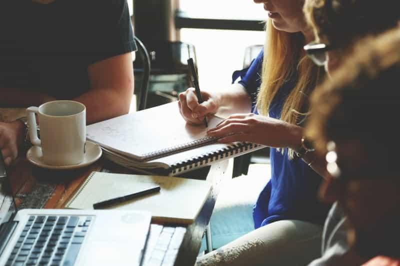 【サイコパスのすすめ】職場の天才肌で仕事ができる上司の特徴はサイコパス?