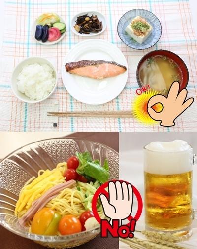 和定食と冷やし中華とビールの写真