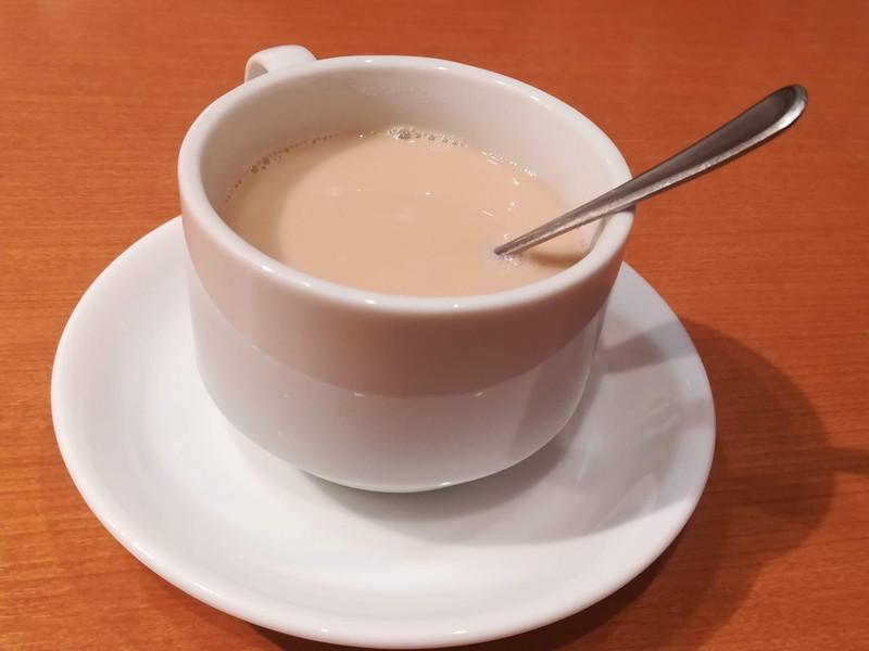 方舟 川崎ラチッタデッラ店 本日のお魚ご膳(食後の紅茶&ミルク)