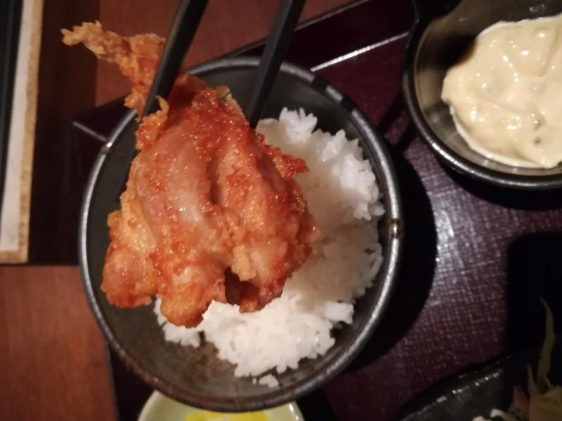 鳥どり 川崎駅前店 食べ放題<唐揚げ御膳> 唐揚げ 接写