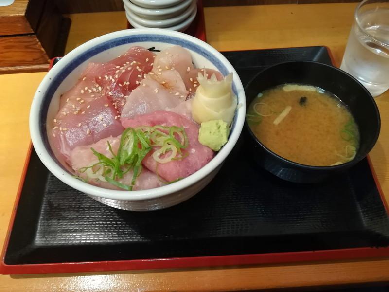 川崎駅 三崎市場ダイス店 ご飯メガ盛り 〇得三崎メガ盛り丼味噌汁セット