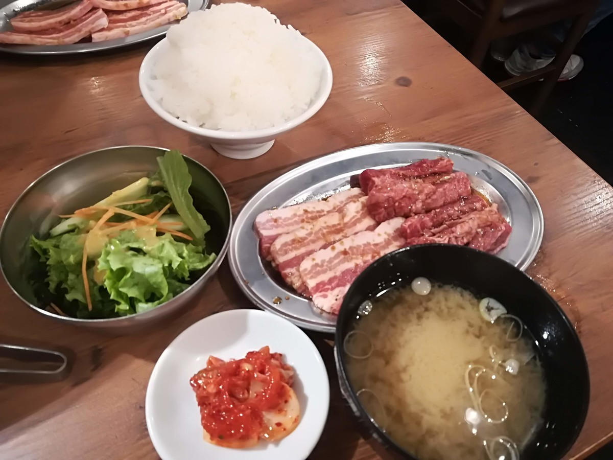 大衆ホルモン肉力屋 京急川崎店