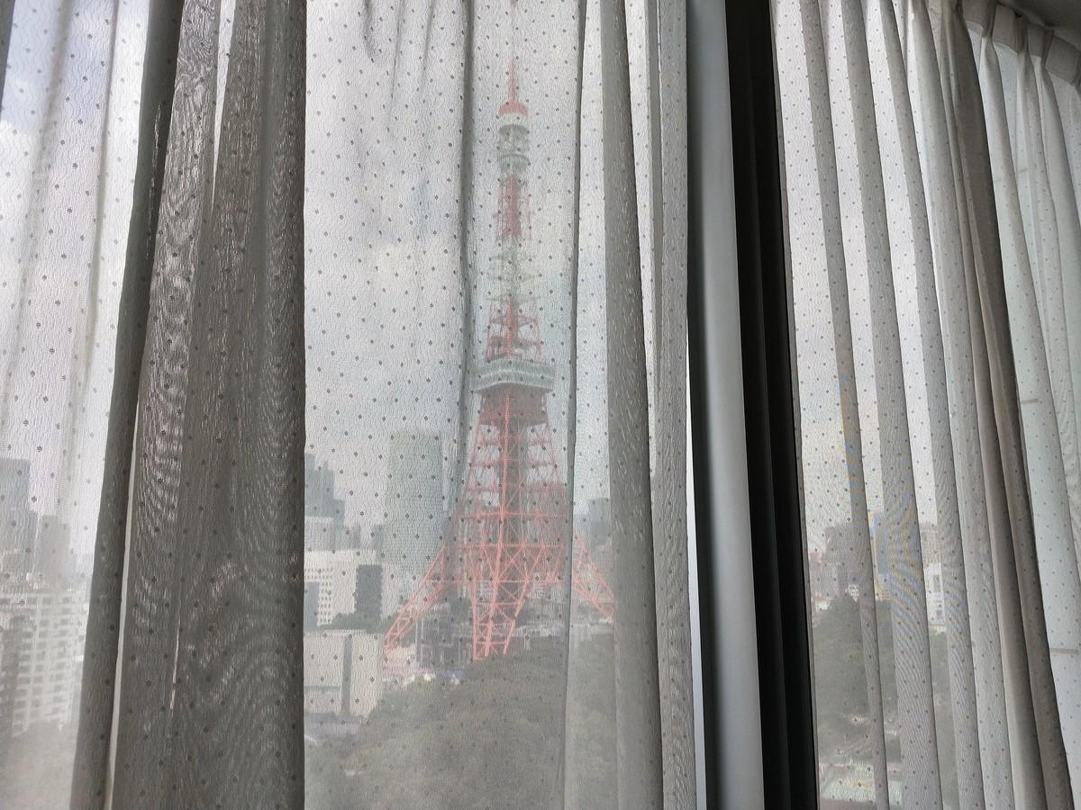 ザ・プリンス パークタワーの客室から見える東京タワー