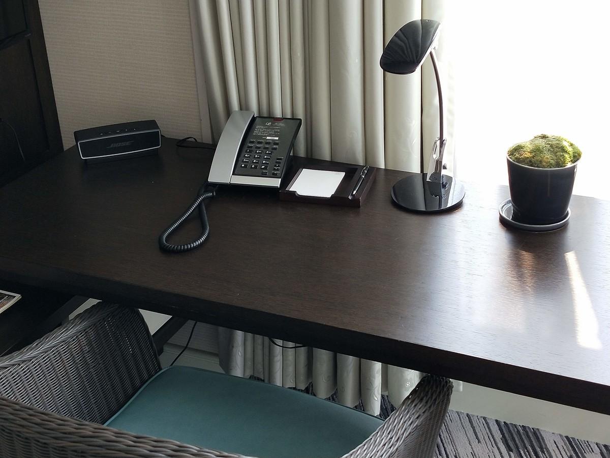 ザ・プリンス パークタワーの客室・作業机