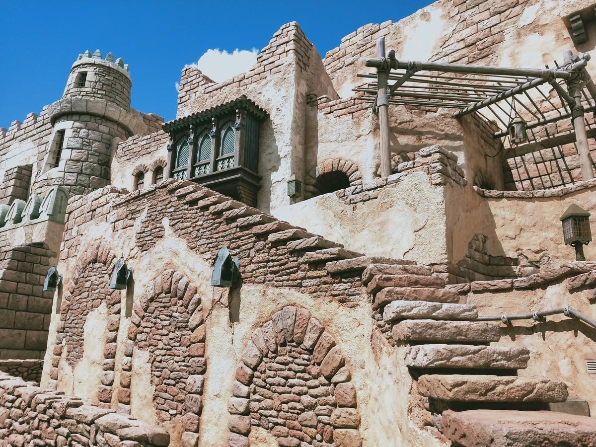 ディズニーシー アラジン・アラビアン 石の階段