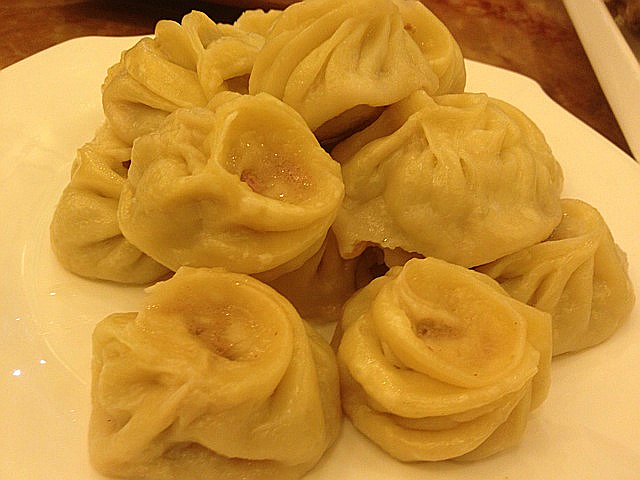 モンゴル餃子「ボーズ」