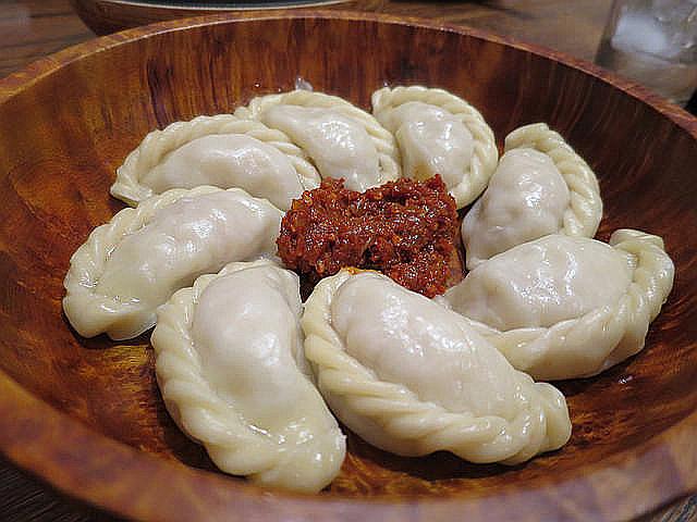 ブータンの餃子「モモ」