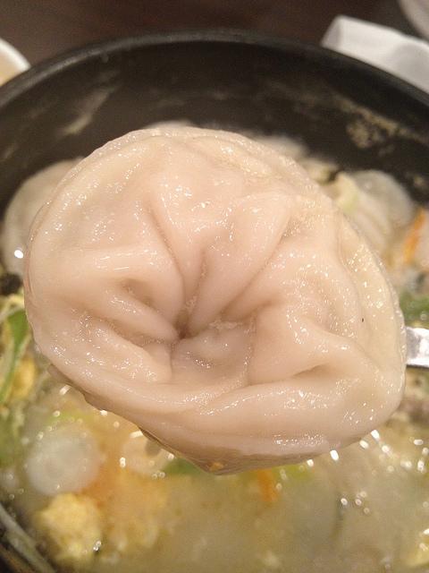 韓国の餃子「マンドウ」