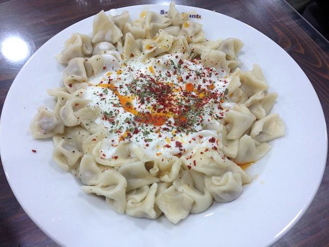 トルコの水餃子「マンティ」