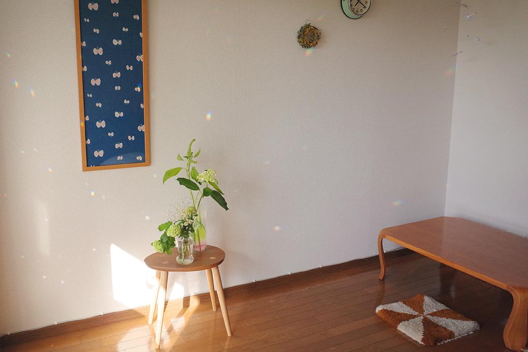 買い足したものが揃った部屋(写真)