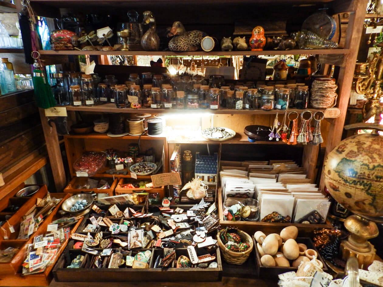 海福雑貨分室(2階)の片隅