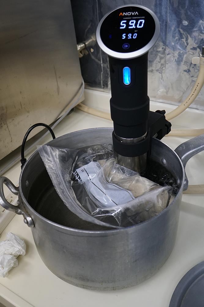 低温調理デバイス『Anova』