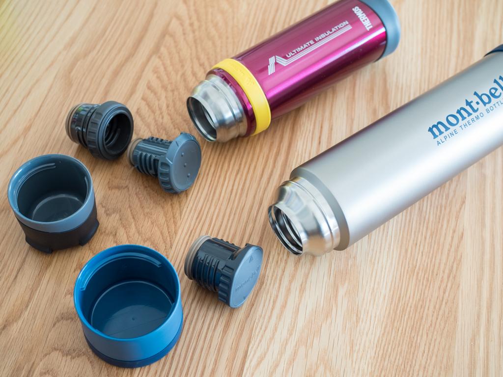 現行の山専ボトルは内栓が2重になっているダブルスクリュー栓。